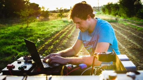 Naïo Technologies : les robots débarquent dans nos vignes